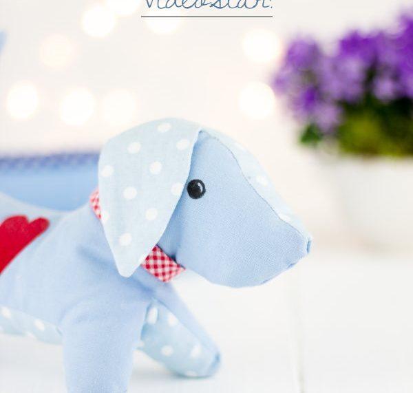Gratis Schnittmuster für DIY Hund Frido als Videoanleitung!