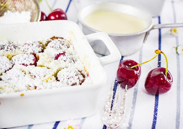 Frische Kirschen im Clafoutis zaubern Sommerlaune!