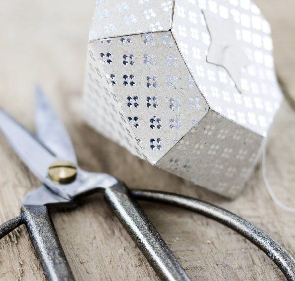 Do it yourself: Diamant basteln als Geschenk oder Deko