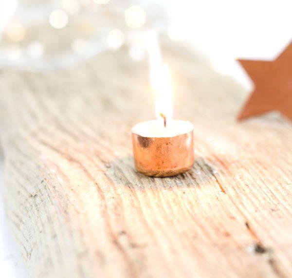 Selbstgemachte Teelichter aus Kupfer - ein tolles Geschenk zu Weihnachten
