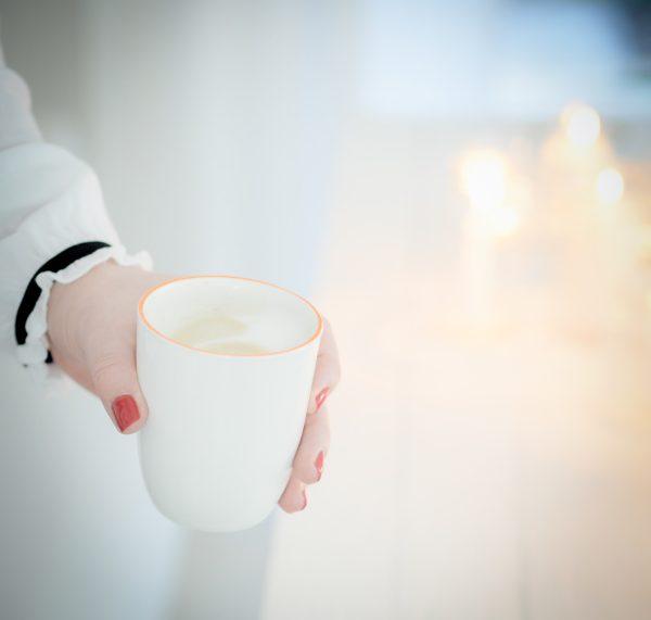 Auszeit am Morgen mit einem Kaffee