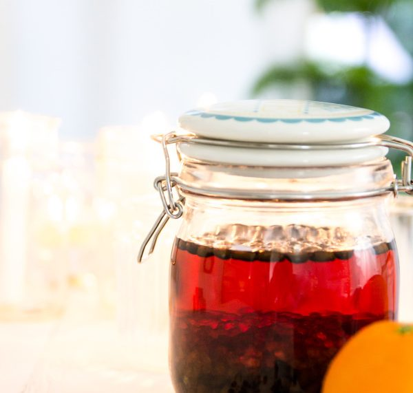 Rezept zum Selbermachen: DIY Kaffeelikör mit echten Kaffeebohnen ohne Sahne