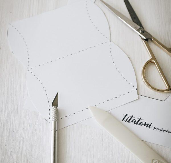 Anleitung: Pillowbox/ Schachtel basteln