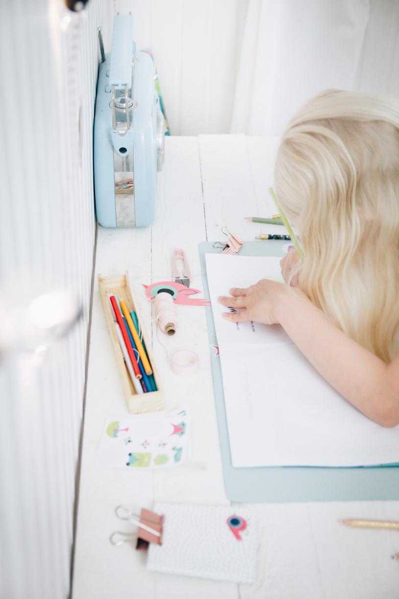 Ferien-Buch für Kinder gegen Langeweile. Kreativität fördern. titatoni.de