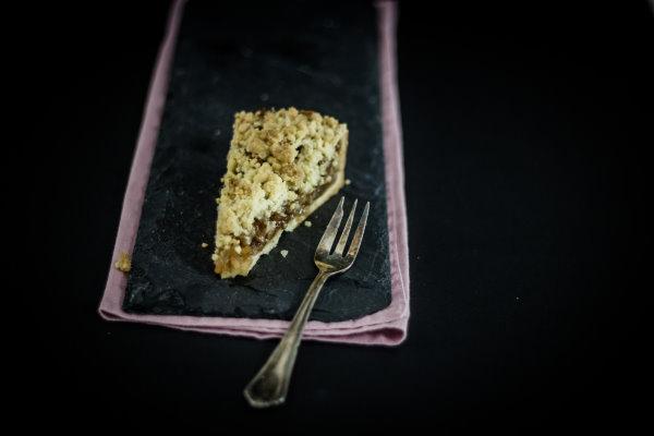 Bratapfel-Kuchen - ein einfaches Rezept aus Omas Rezeptbuch! by titatoni.de