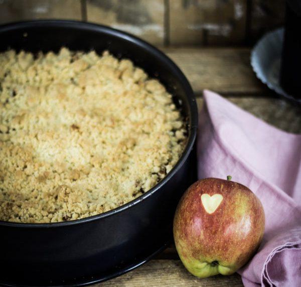 Bratapfel-Kuchen - ein einfaches Rezept mit Geling-Garantie! by titatoni.de