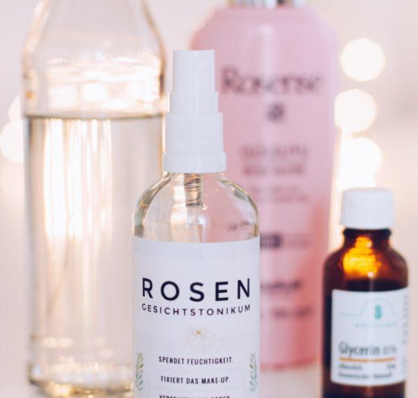 DIY Pflege mit Rosenwasser gegen trockene Haut, Akne und Unreinheiten selber machen. Titatoni.de