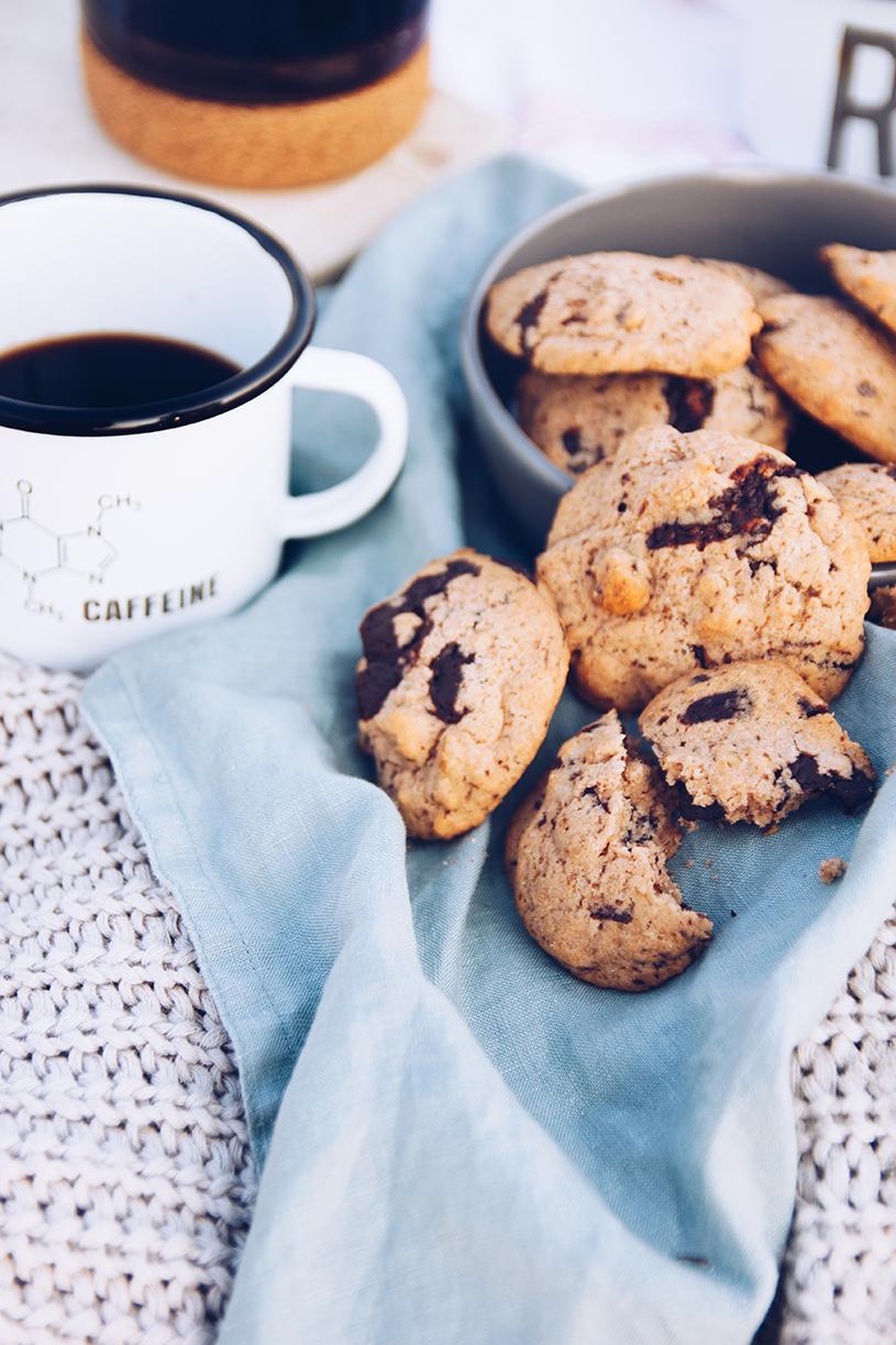 Kaffee am Strand und ein Rezept für Kaffee-Nuss Cookies American Style. titatoni.de
