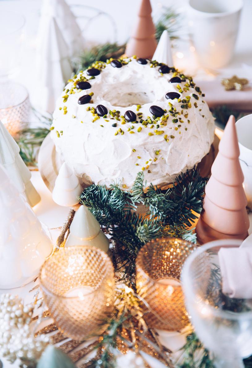 Rezept Kaffee-Gugelhupf für Weihnachten. Backen im Advent mit titatoni.de