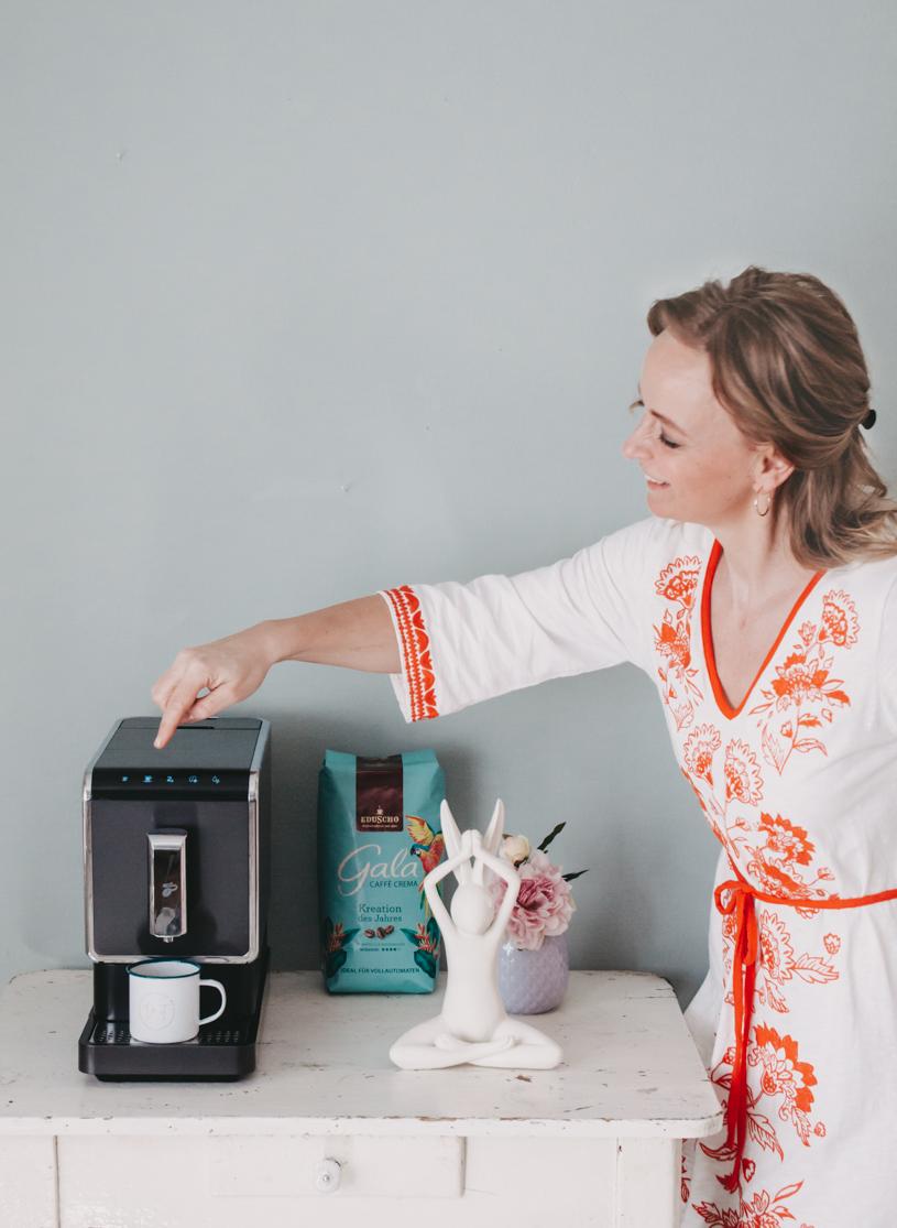 Gala von Eduscho im Kaffeevollautomaten: Kaffee-Glück am Morgen. titatoni.de