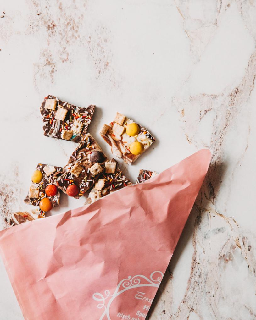 Soulfood im Lockdown: Anleitung / Rezept für leckere Bruchschokolade zum selber essen oder Verschenken! titatoni